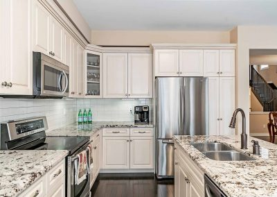 3225 LIPTAY AVENUE OAKVILLE - Kitchen-(5)