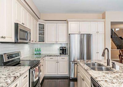 3225 LIPTAY AVENUE OAKVILLE - Kitchen-(5)