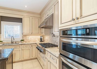 3452 LIPTAY AVENUE OAKVILLE - Kitchen-(5)